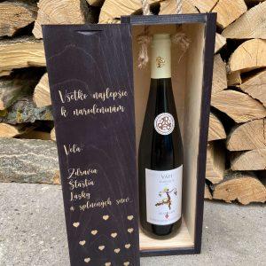 Drevená krabica na víno: všetko najlepšie k narodeninám